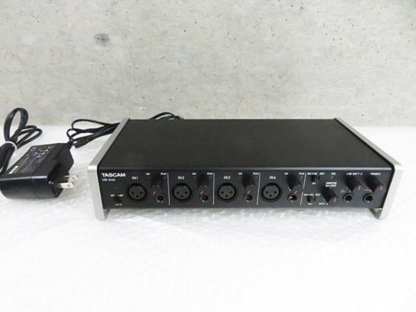 TASCAM タスカム US-4X4 USB/MIDI オーディオインターフェース