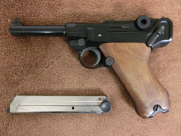 MGC ルガー P08 モデルガン 木製グリップ