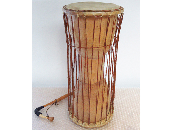 アフリカ 民族楽器 トーキングドラム